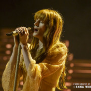 02_florence-and-the-machine-08