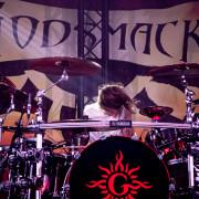 02-godsmackhauptband1-02