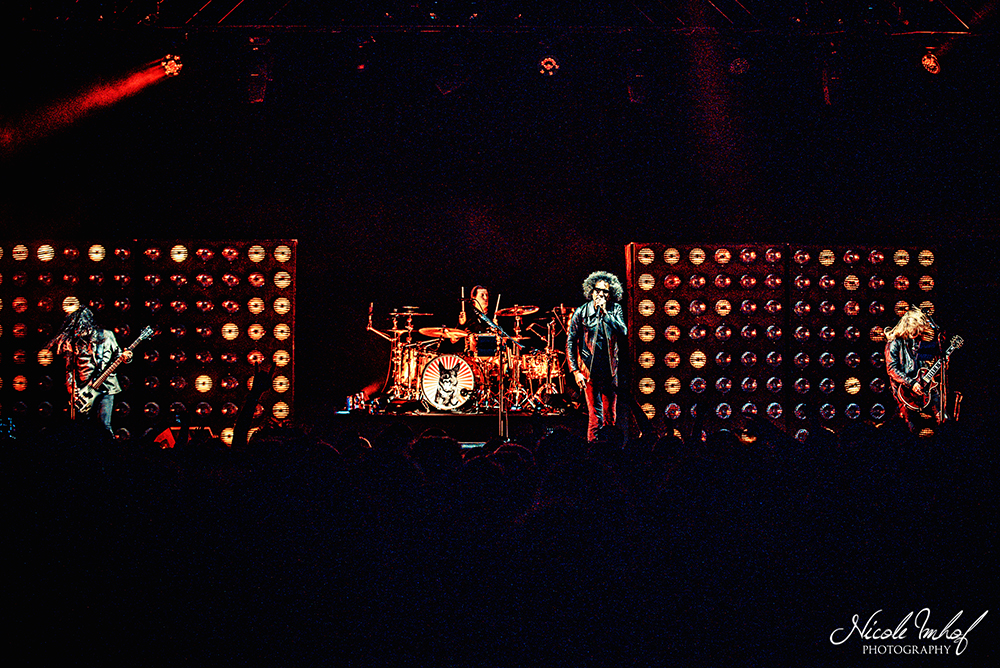 02-alice-in-chains-11