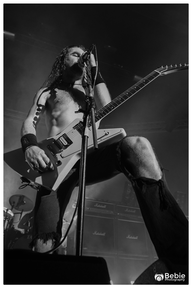 02-airbourne-01