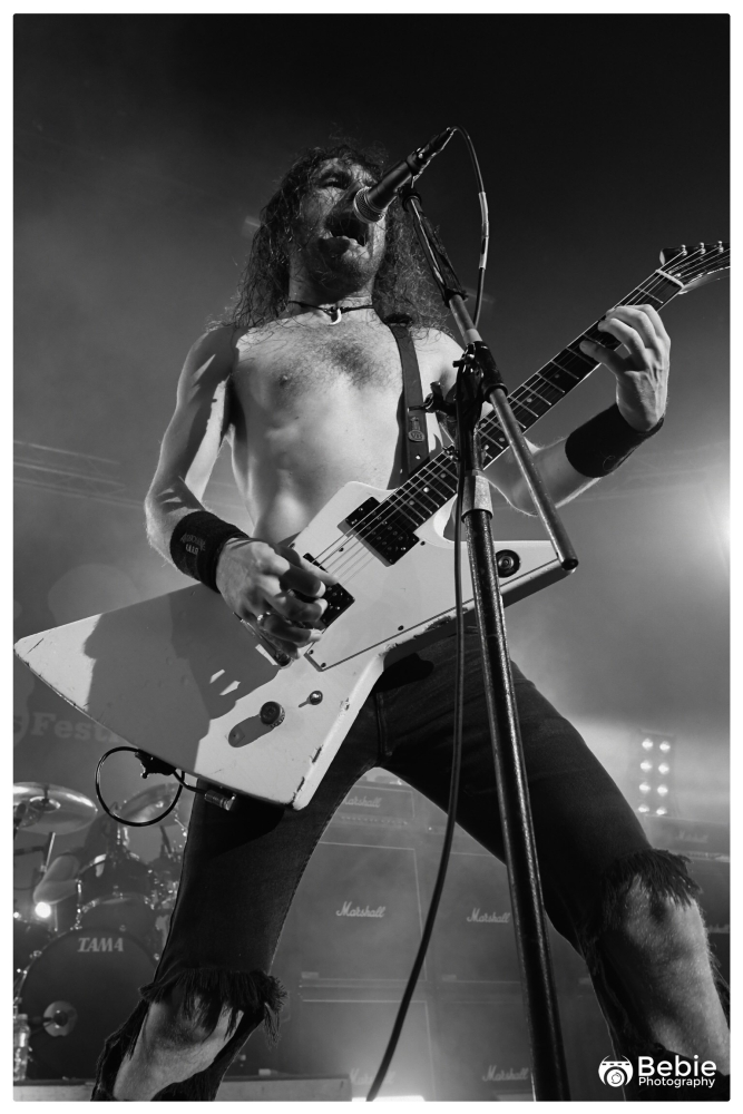 02-airbourne-25
