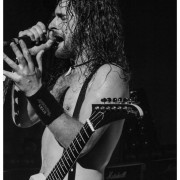02-airbourne-12