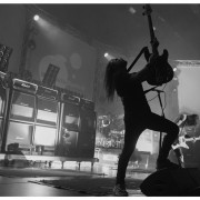 02-airbourne-15