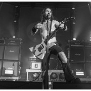 02-airbourne-20