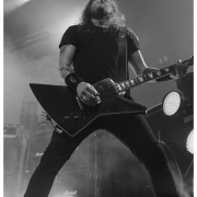 02-airbourne-22