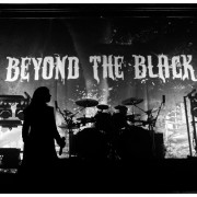 02-beyond-the-black-07