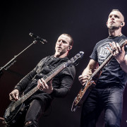 03-alter-bridge-40