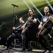 03-alter-bridge-43