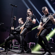 03-alter-bridge-44